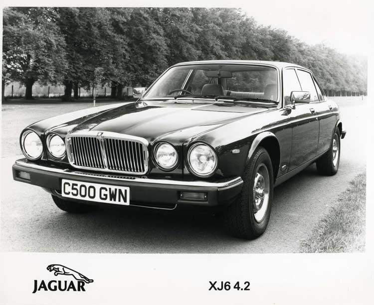 1997 Jaguar Xj Series White 200 Interior And Exterior