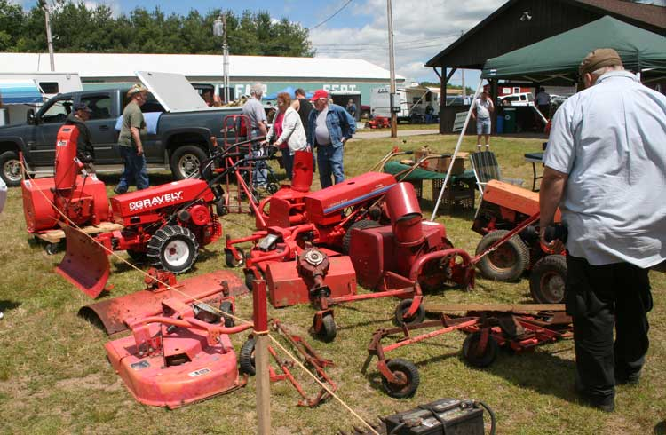 Two Wheel Tractor Attachments : Gravely two wheel tractor attachments foto bugil bokep
